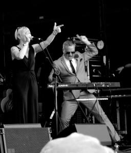 Stewart Bentley and Elaine Flemming at Wickerman - Credit - Lorne Bruce